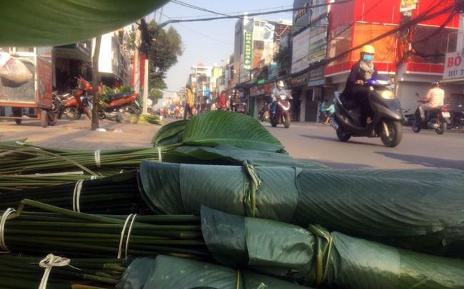 Chợ lá dong, lá chuối tồn tại nửa thế kỷ, chỉ nhóm họp mỗi năm một lần