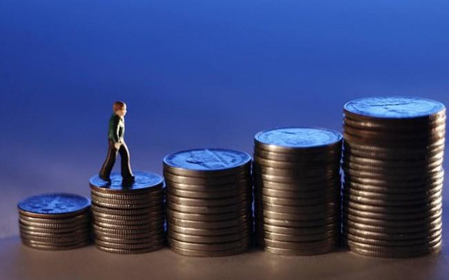 Nhà đầu tư phải nộp những loại thuế gì với Chứng quyền có bảo đảm?