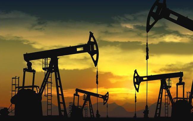 Giá dầu chạm mức thấp 7 tuần