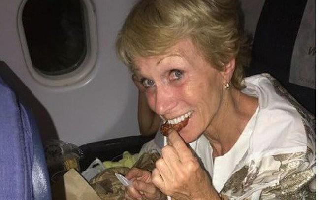 """Thói quen khi đi máy bay giải thích vì sao """"shark quyền lực"""" Barbara Corcoran thành công và trở thành """"nữ hoàng ngành bất động sản"""""""