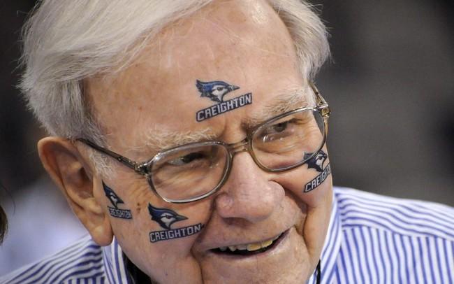 Buffett cho nhân viên 1 triệu USD/năm đến hết đời nếu đoán trúng kết quả bóng rổ