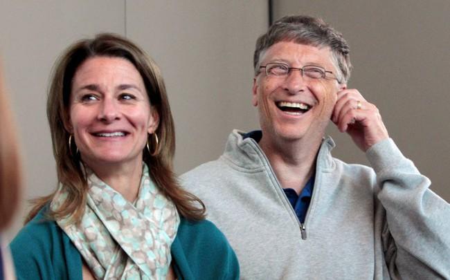 """Không hề rung động trước lời tỏ tình đầu tiên của ông chủ Bill Gates, điều gì đã khiến người phụ nữ """"may mắn nhất hành tinh"""" đổi ý?"""