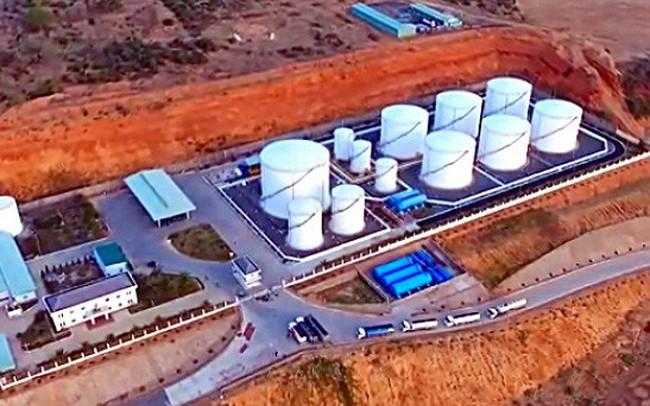Đường dây buôn lậu xăng dầu 2.000 tỉ đồng được bảo kê
