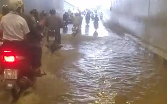 Hầm chui hơn 100 tỉ đồng ở Đà Nẵng vừa khánh thành đã ngập nước dù trời không mưa