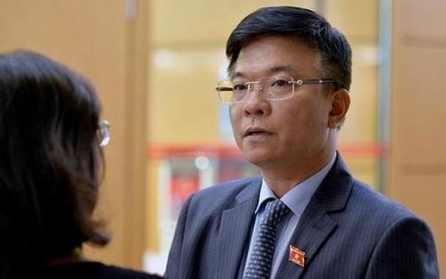 Hai Bộ trưởng trả lời chất vấn theo hình thức mới