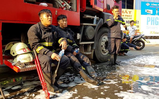 Cuộc sống chỉ có thao trường và hiện trường của người lính cứu hỏa - Những anh hùng chống 'giặc lửa' giữa thời bình