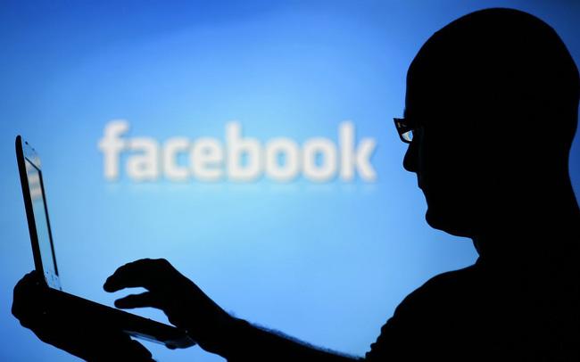 Mách bạn cách kiểm tra và download dữ liệu Facebook sẵn có: Hãy làm