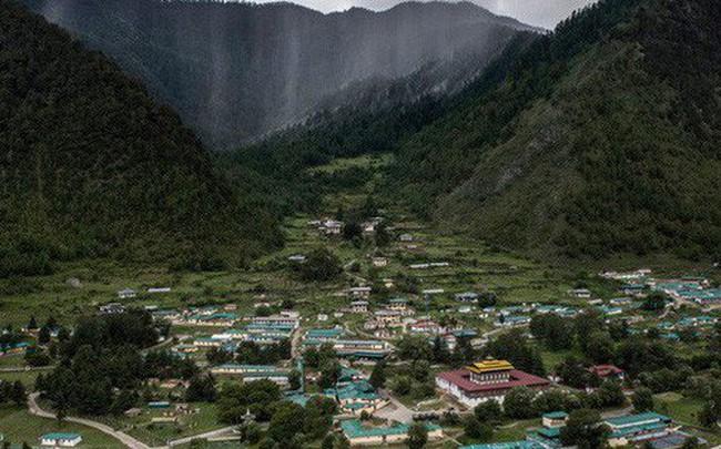 Chào mừng bạn đến với Bhutan, đất nước có mức khí thải carbon âm nhờ 72% diện tích là rừng che phủ