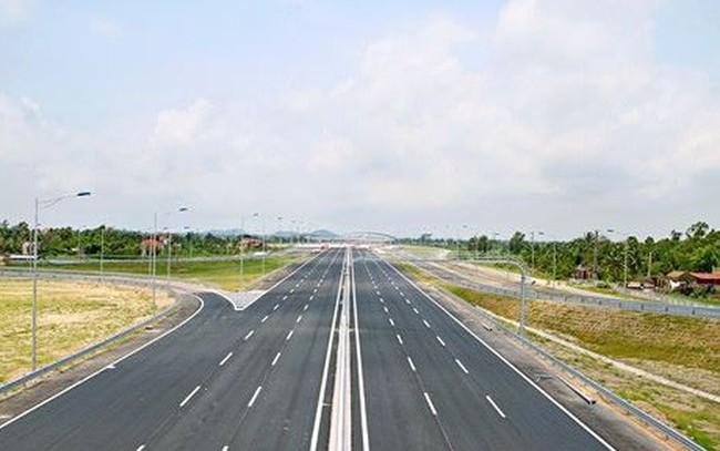 Bộ GTVT lên phương án làm 1 km đường cao tốc mẫu