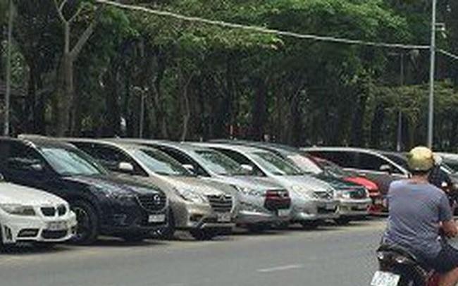 TP.HCM chấp thuận đề án tăng mức thu phí đỗ xe ô tô dưới lòng đường