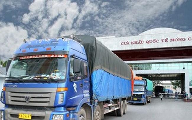 Xuất khẩu nông sản qua cửa khẩu Móng Cái sôi động trở lại