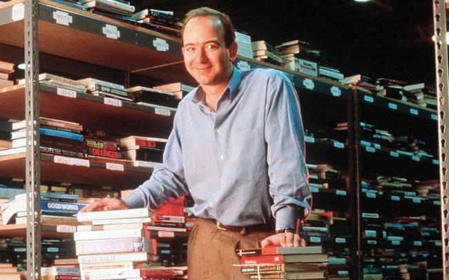Jeff Bezos: Hành trình từ nhà để xe đến tỷ phú giàu nhất thế giới