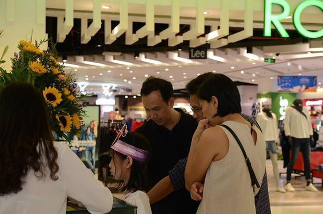 Thương hiệu trầm hương Hoàng Giang khai trương cửa hàng đầu tiên ở TP. HCM
