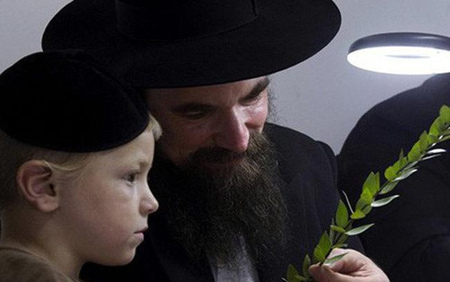 Bài học từ kẻ ăn mày duy nhất: 4 câu chuyện cho thấy lối tư duy 'khác lạ' của người Do Thái khiến họ thành công