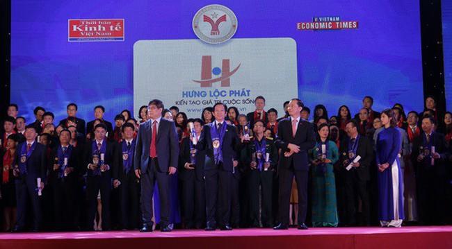 Công ty Hưng Lộc Phát được vinh danh Top 10 thương hiệu mạnh dẫn đầu Việt Nam 2107