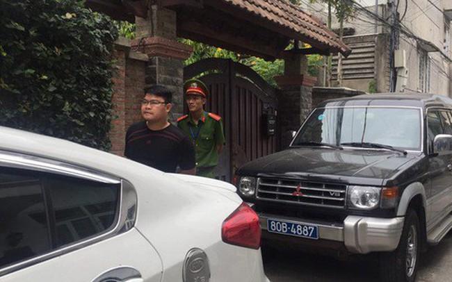 Công an đang khám xét nhà 2 cựu Chủ tịch Đà Nẵng Trần Văn Minh, Văn Hữu Chiến
