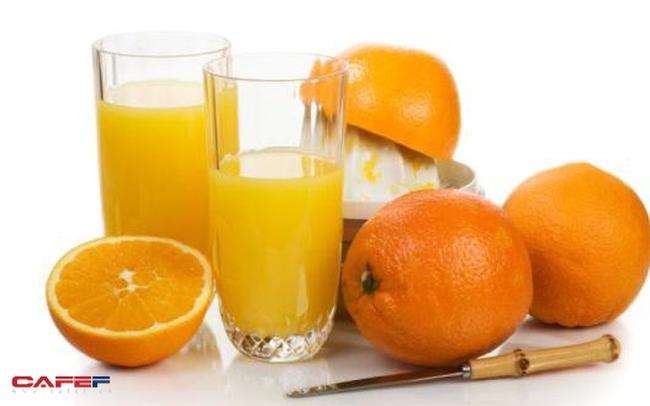 Sai lầm tệ hại khi uống nước cam vào bữa sáng