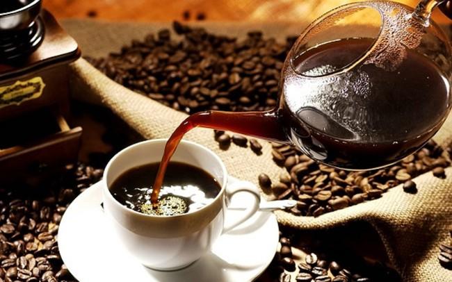 Từ chuyện cà phê trộn bột pin: Thị trường cà phê rang xay Việt Nam đang phát triển ra sao?