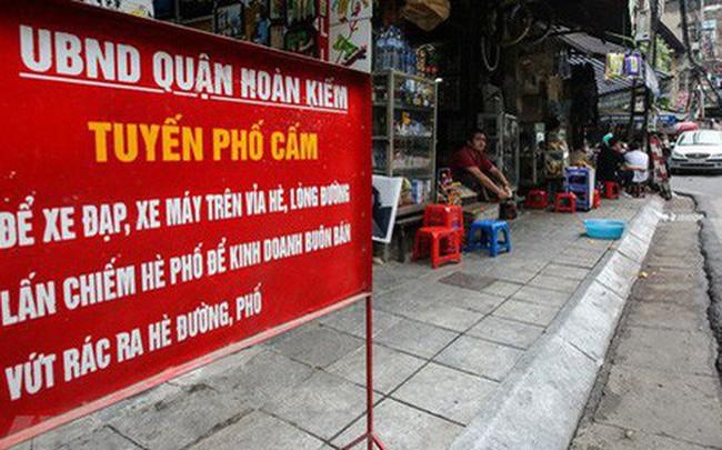 Nhìn lại vỉa hè Hà Nội một năm sau chiến dịch chống lấn chiếm