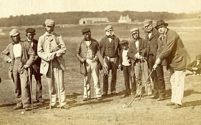 Lịch sử đằng sau những thuật ngữ bogey, par, birdie, eagle, caddie, bunker trong Golf
