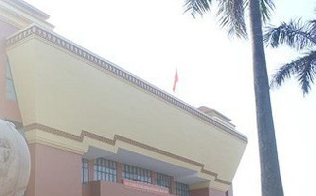 """Quảng Bình: Bảo tàng tiền tỷ """"cửa đóng, then cài"""" suốt... 15 năm"""