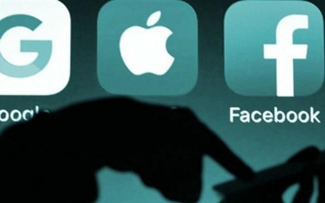 Trong khi Facebook quay cuồng vì bê bối dữ liệu, đây là cách Apple và Microsoft né bão