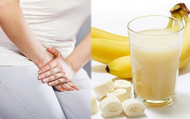 Hơn 8 triệu người/năm bị nhiễm trùng đường tiểu, phụ nữ có nguy cơ rất cao: Phải biết ngay cách chữa đơn giản với vài quả chuối chín