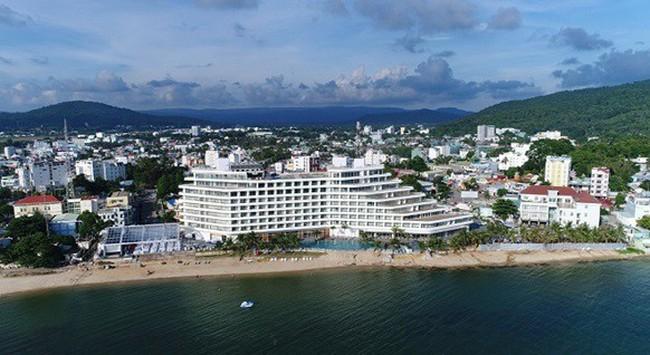 Khai trương khách sạn hình con tàu Seashells Phú Quốc Hotel and Spa