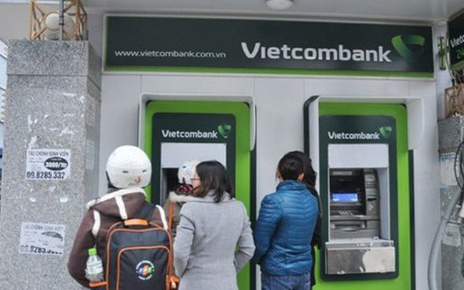 Ngân hàng Nhà nước chỉ đạo dừng tăng phí ATM