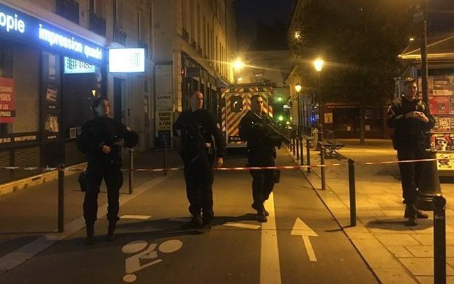 Tấn công khủng bố tại trung tâm Paris, nhiều người thương vong