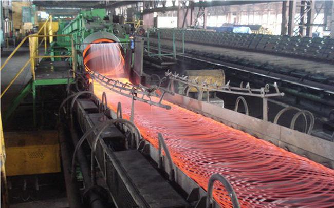 Nguyên liệu đầu vào biến động thất thường, nhiều doanh nghiệp ngành thép lãi giảm sâu bất chấp doanh thu tăng vọt