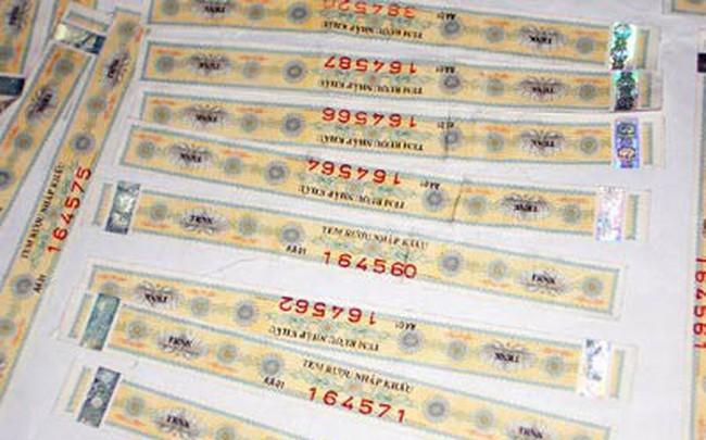 Tất cả các loại rượu phải được dán tem trước khi mang đi bán