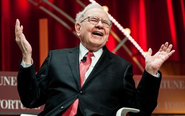 """Sau 53 năm Warren Buffett """"trị vì"""", giá cổ phiếu Berkshire đã tăng từ 19 lên 300.000 USD"""