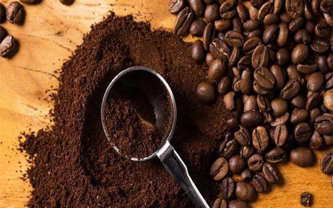 Giá cà phê rớt xuống mức thấp nhất trong 12 tháng - ảnh 1