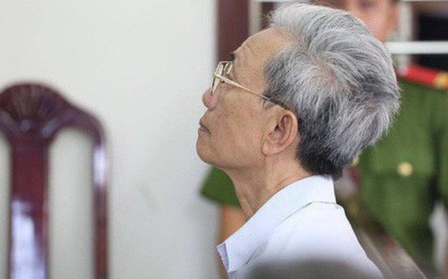 Thẩm phán xử Nguyễn Khắc Thủy dâm ô trẻ em: Không ngờ dư luận phản ứng kinh khủng vậy
