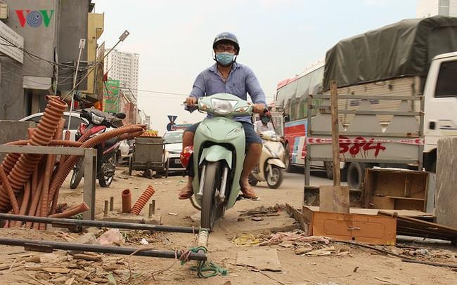 """Ảnh: Bẫy """"chết người"""" trên dự án giao thông nghìn tỷ ở Hà Nội"""