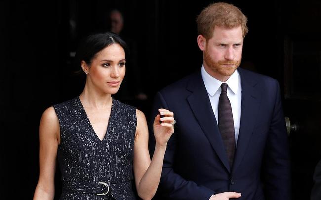 Thực đơn tiệc cưới Hoàng tử Harry và Meghan Markle có những gì?