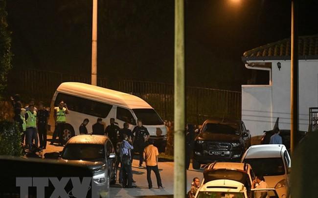 Malaysia thu 72 bao tiền, 284 túi hàng hiệu tại nhà ông Najib