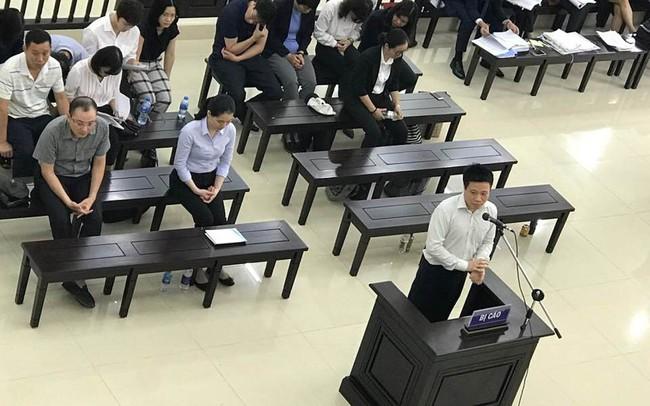 Hà Văn Thắm xin được chuyển từ tội chiếm đoạt tài sản sang cố ý làm trái