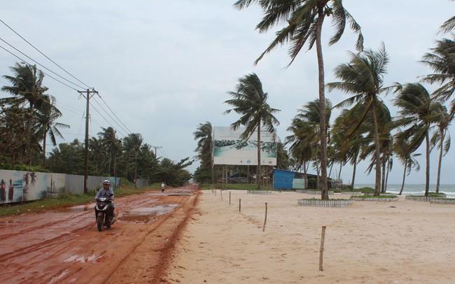 """Dân đầu cơ """"lướt sóng"""" đất nền đang """"mắc cạn"""" ở Phú Quốc"""