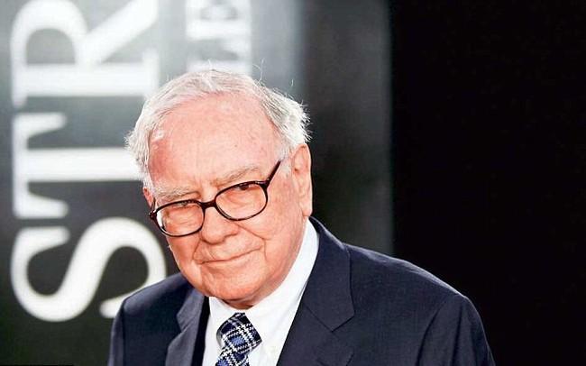Được Warren Buffett yêu thích và từng tăng trưởng mạnh nhất thế giới nhưng cổ phiếu này đang lao dốc không phanh
