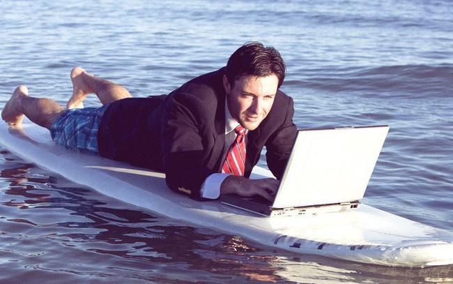 Triệu phú tự thân Grant Cardone: Muốn thành công, bạn phải làm việc nhiều hơn số đông người khác, ngay cả khi đó là ngày nghỉ