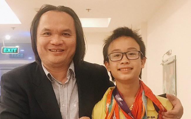 Nam sinh trường Ams giành Huy chương Bạch kim Olympic Toán Châu Á Thái Bình Dương vòng Quốc gia