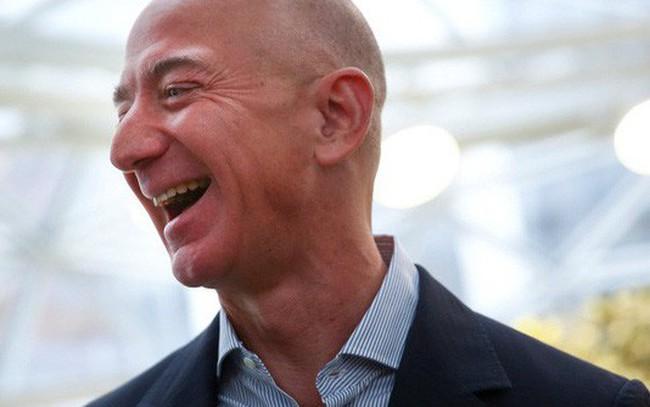 Chi tiết bài phỏng vấn Jeff Bezos kể về việc biết chắc Amazon sẽ thành công chỉ sau 30 ngày khởi nghiệp