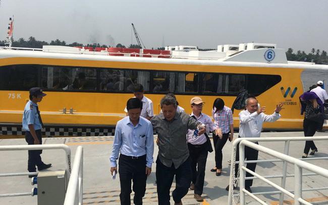 Buýt đường sông chuyển hướng phục vụ khách du lịch