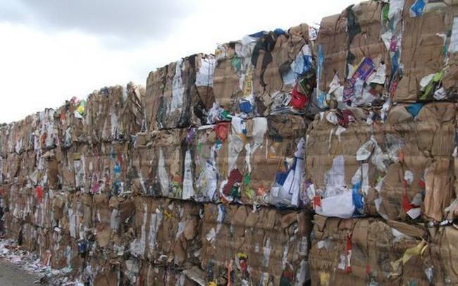 Trung Quốc siết chặt kiểm soát ô nhiễm: Doanh nghiệp kéo nhau sang Việt Nam tái chế bột giấy