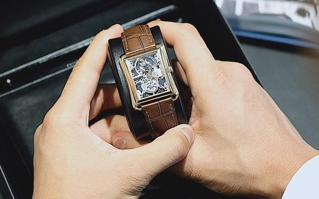 """Một thập kỷ trôi qua, chiếc đồng hồ này vẫn là """"kiệt tác"""" khiến giới mộ điệu say đắm"""