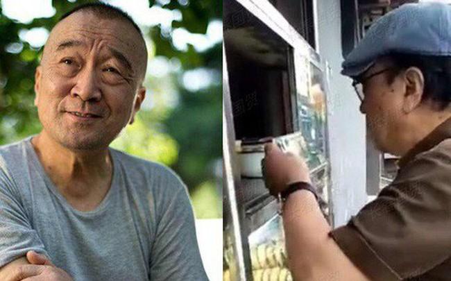"""Cuộc sống về già của """"Tể tướng Lưu Gù"""": Ăn quán bình dân, sống viên mãn bên con cháu"""