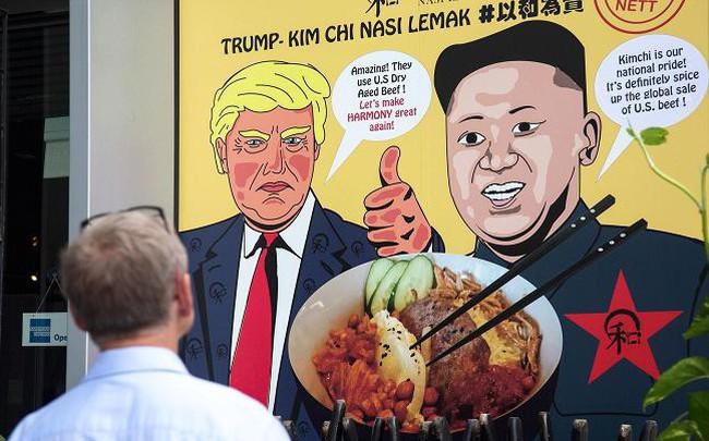 Những cách kiếm tiền độc đáo ăn theo hội nghị Trump - Kim của người Singapore