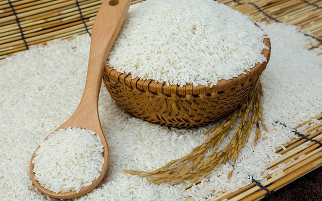 """Giá thóc, gạo tăng liên tiếp nhưng không xảy ra """"sốt giá"""", đầu cơ"""